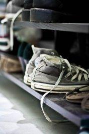 Buty na półce